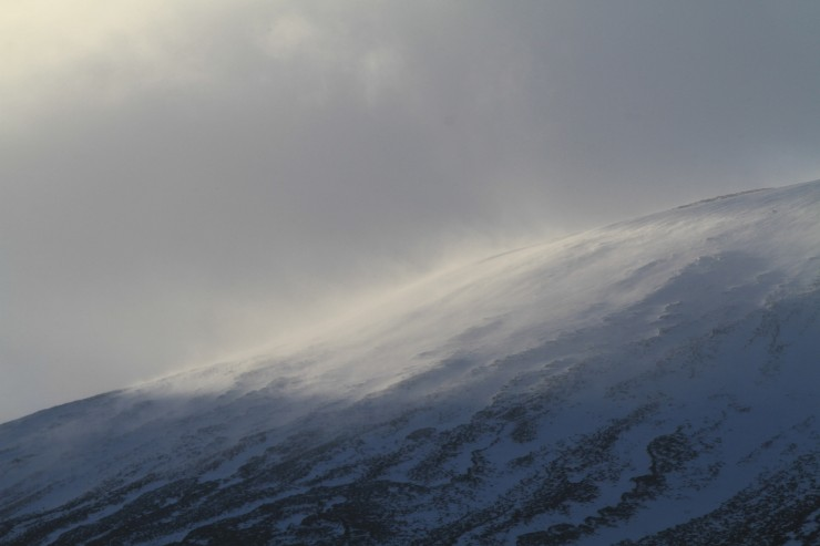 Lots of snow was been transported round the hill today.