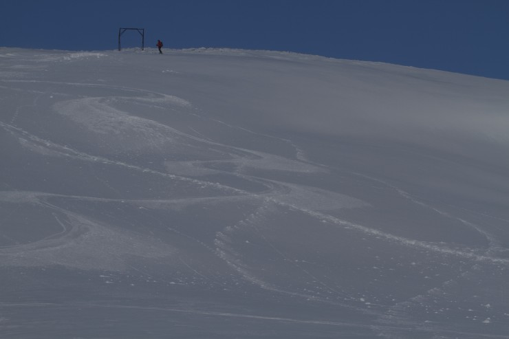 There is some excellent skiing to be had but there is also some windslab in places.