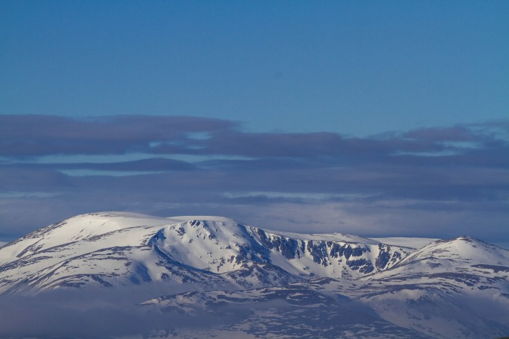 Some low cloud creeping into the cairngorms.