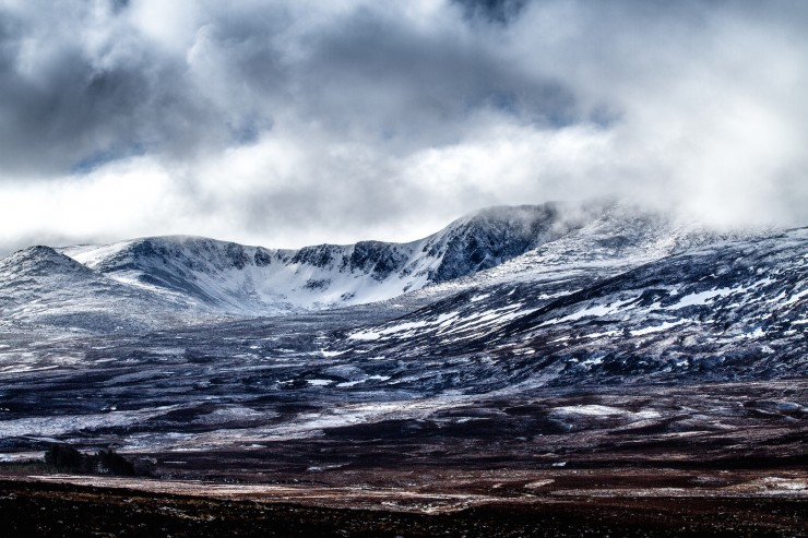 Cloud clearing from Lochnagar. Some snow overnight but it wasn't deep and was thawing fast.