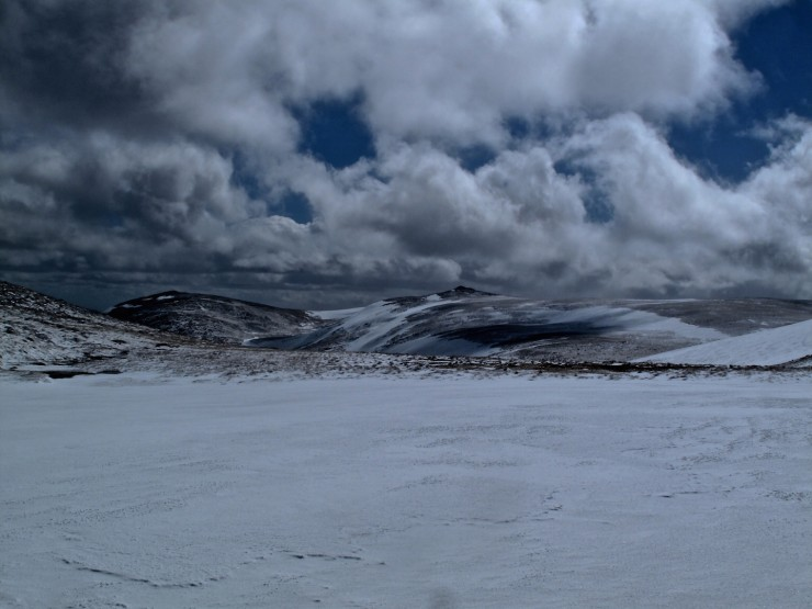 Across to Broad Cairn and Cairn Bannoch.