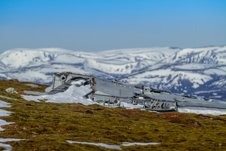 Plane wreckage on Carn an t-Sagairt Beag. From an  RAF English Electric Canberra bomber.