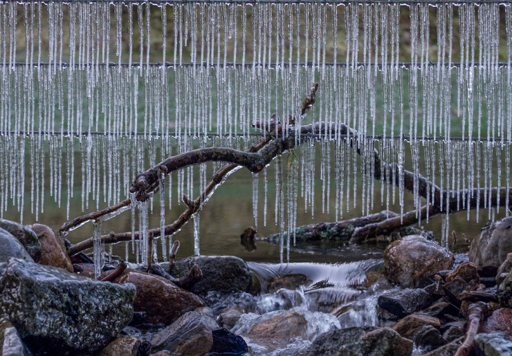 Ice on fence at valley level