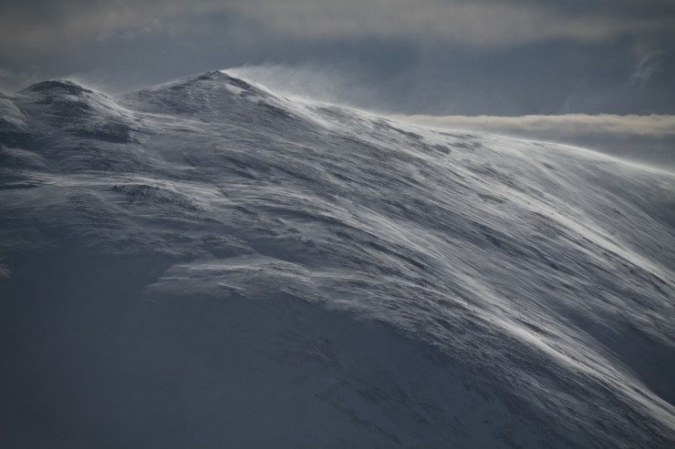 Creag Leacach, trying hard to look Himalayan with it's own summit plume.