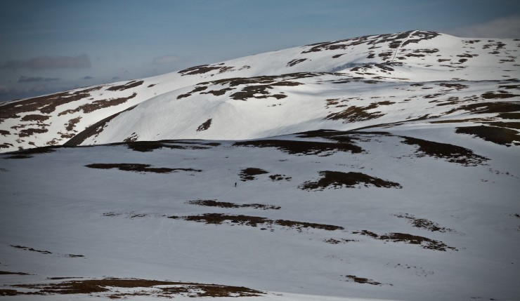 Walker heading to Cairn o Claise.